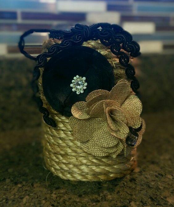 Mason jar vase. Fun and easy! Diy