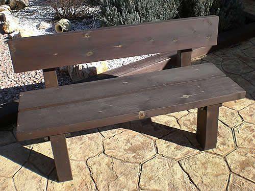 C mo hacer un banco de madera sin clavos carpinter a for Antorchas para jardin caseras