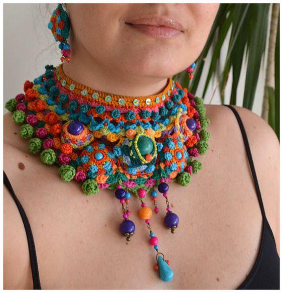 collier tribal déclaration collier ethnique coloré par Marmotescu
