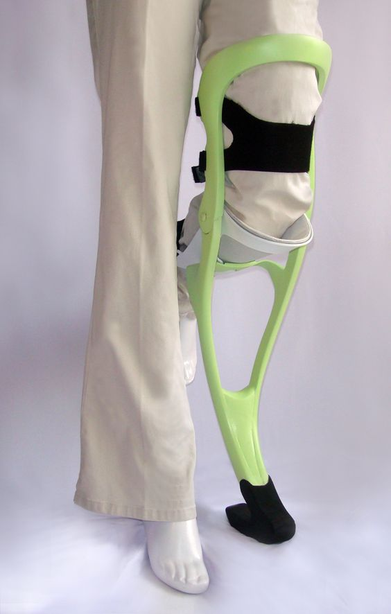 walking aid for foot injuries an alternative to crutches