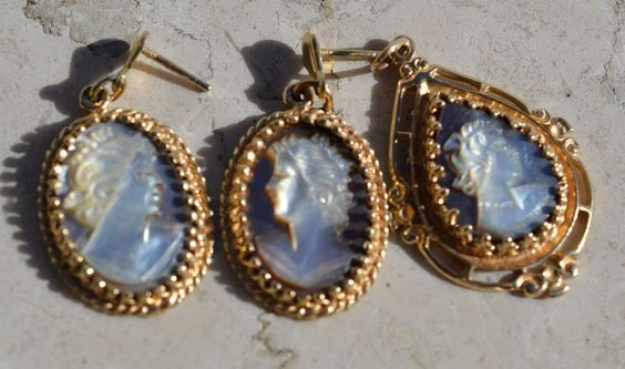 ESTATE 14K YELLOW GOLD ABALONE CAMEO DEMI-PARURE PENDANT & EARRINGS-585