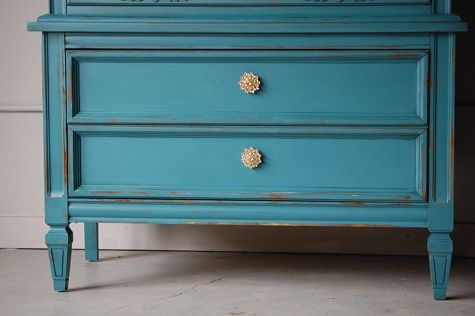 painting furniture tutorial