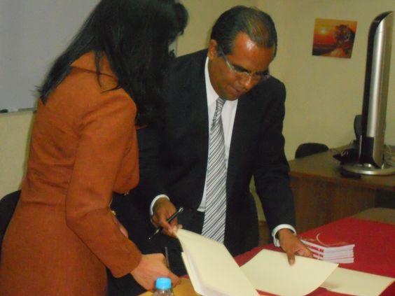 Firma de Convenio entre el Instituto Mexicano de Valuación y Trujillo Betanzos, mayo 2013