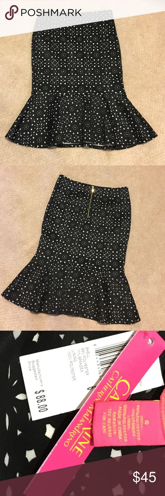 Skirt Take a second l👀k‼️ a must have beautiful pencil skirt with a flared bottom is amazing. The pattern is a cut out black fabric on top of a white giving this a detailed effect. New with tags Catherine Malandrino Skirts Pencil