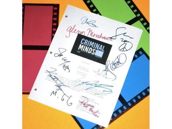 "Criminal Minds ""Haunted"" Episode TV Script Autographed: Thomas Gibson, Mandy Patinkin, Matthew Gray Gubler, Shemar Moore & More"