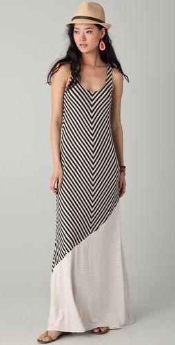 Black and white chevron maxi dress, summery fedora.
