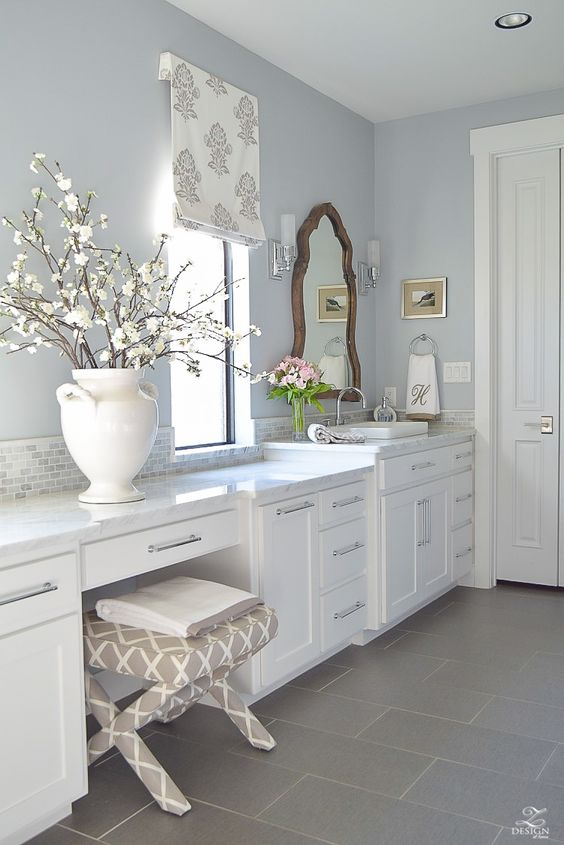 transitional white bathroom white cabinets carrara marble counter tops benjamin moore silver lake. #benjaminmooresilverlake