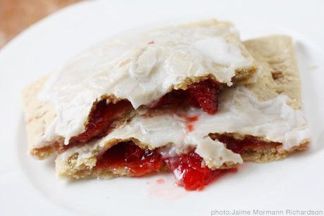 10 Healthy Kid Breakfasts -Homemade WW PopTarts. I have been wanting to make these for years. Will I now?