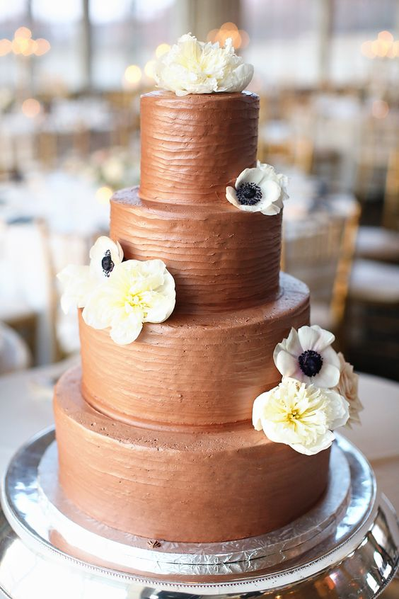 Chocolate Wedding Cake #weddingcake #chocolatecake