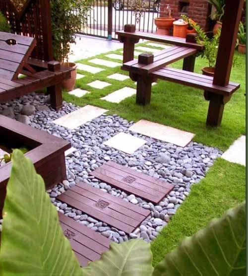 foto gambar kreasi taman kecil depan rumah minimalis out