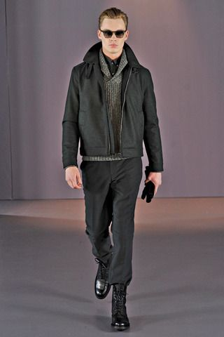Gieves & Hawkes Fall 2014 Menswear Collection Slideshow on Style.com