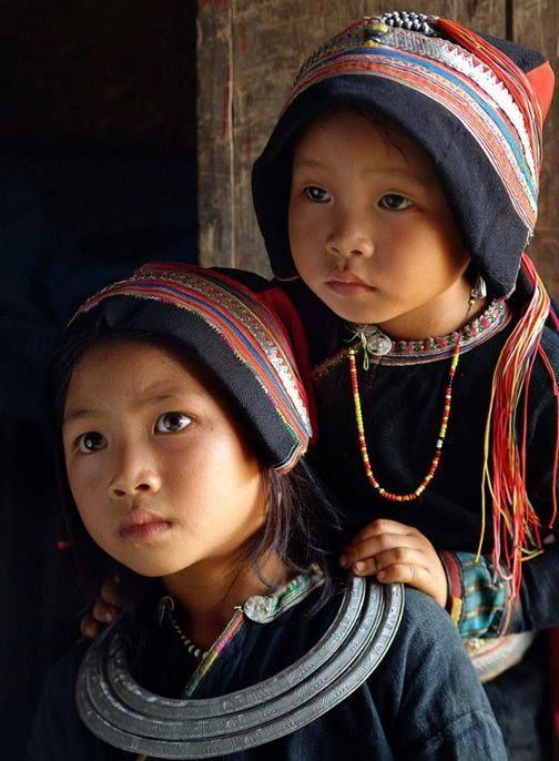 Vietnam... @ivannairem .. https://tr.pinterest.com/ivannairem/children-of-the-world-ll/                                                                                                                                                     Plus