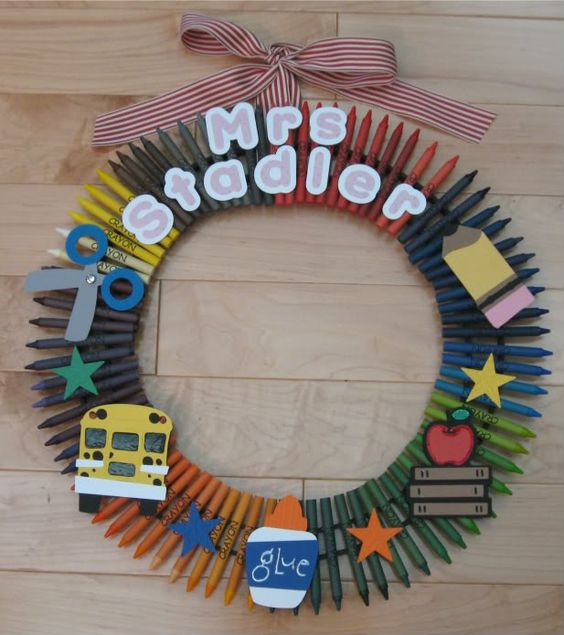 Crayon Wreath with Cricut & Stampin' Up!