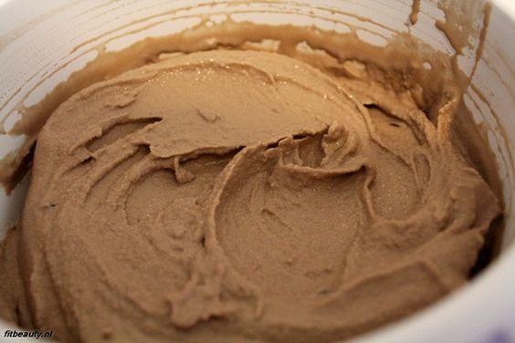 Chocolade ijs zonder suiker en zonder zuivel.