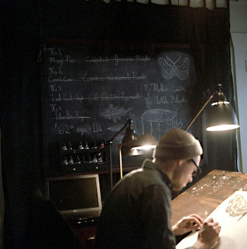 blackboard & drawingtable: Office Ideas, Artist Studios, Workspace Inspiration, Progressive Workspaces, Artist At Work