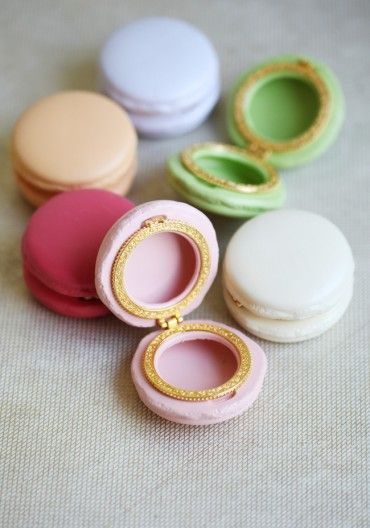 Porcelain macaron boxes in such delectable colors!