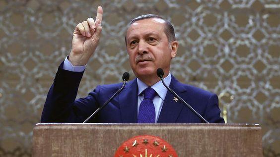 Flüchtlingsabkommen mit Türkei: Erdogan droht, Pakt platzen zu lassen