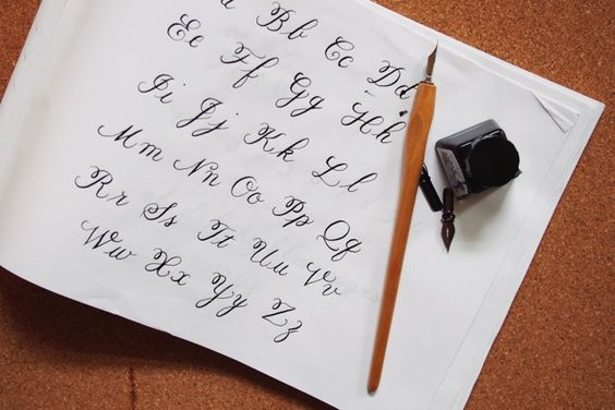 Katie gives her advice on how to learn calligraphy and the resources available.