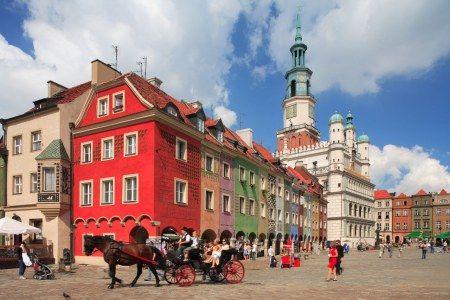 Me da como a casitas de juguetes :) Muy lindo Poznan