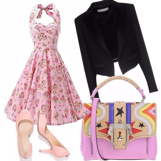 L'outfit che vi propongo ha come protagonista un vestito anni 50 per calde estati, abbinato a una giacca taglio smocking versatile che rende il look glamour e originale. Il tocco di femminilità è dato dalle scarpe e dalla borsa