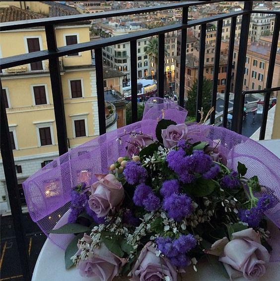 Flores da linda Natália Cardoso aqui em Roma , gata !!!