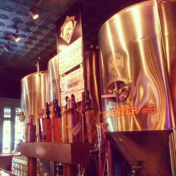 Yeast, Love, & Hoppiness: Brewery Roadtrip | Part 2: Bent River Brewing in Moline, IL