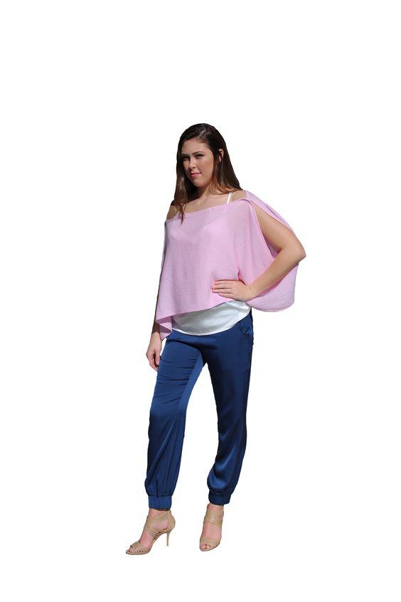 Light pink cashmere Kimini worn as a poncho
