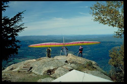 Hang-gliding from Mt. Ascutney. panoramio.com