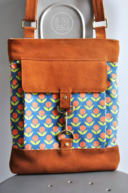 Metro Hipster Bag Pattern by Betz White, sewn by Lindsey Rhodes in Kokka fabric by Ellen Luckett Baker.
