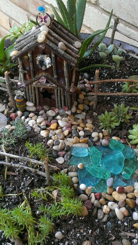 Fairy garden house and pond details crafts faerie for Mini garden pool