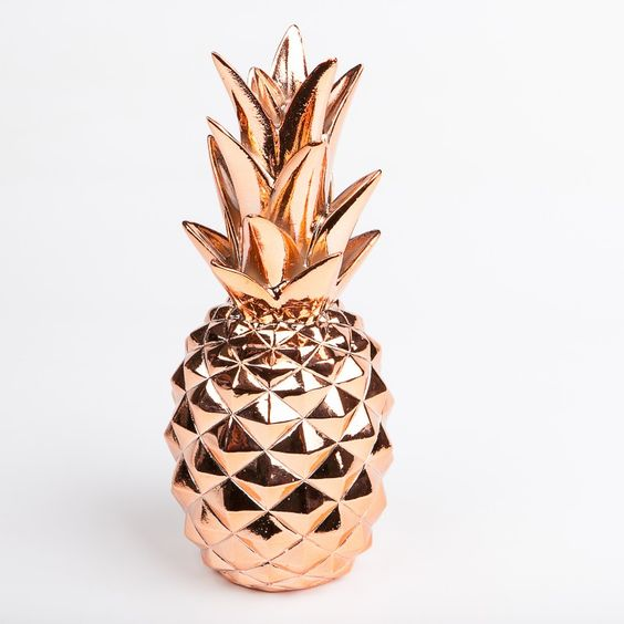 Grand ananas d co cuivre figurines et centres de table de no l pinterest roses d co et or - Grande figurine pere noel ...