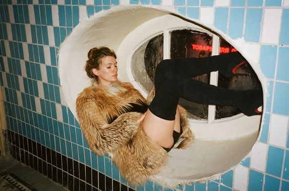 Girls in stairwells: celebrating the sublime ridiculousness of the post-Soviet hallway - The Calvert Journal: