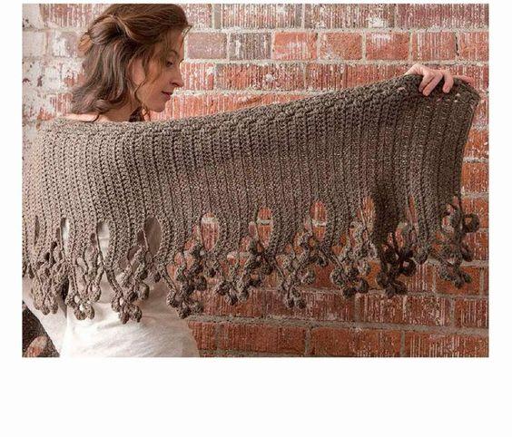 Chal-Poncho motivo final Hojas cayendo - Patrones Crochet