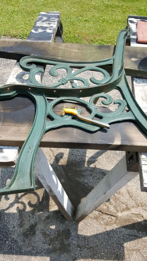 Before And After Cast Iron Bench Restoration Bancs