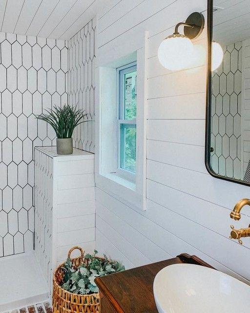 white picket ceramic tile sleek