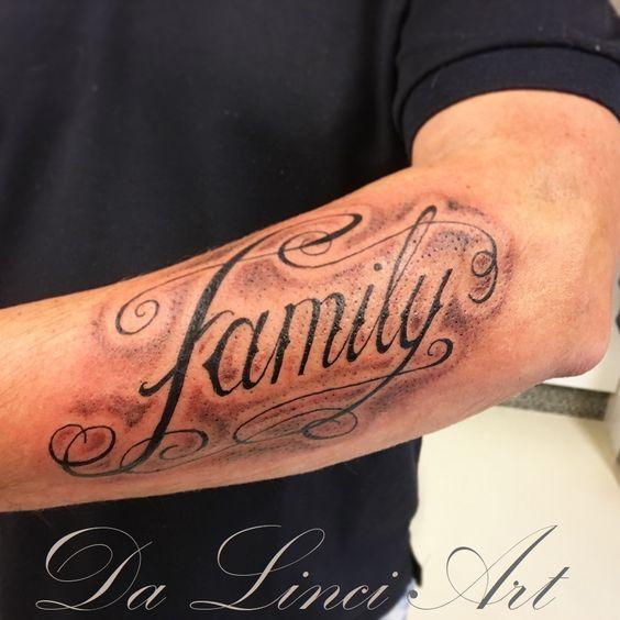 Family Tattoo Linda Roos Da Linci Art Zwijndrecht Www Dalinciart Nl Family Tattoo Familytattoo Tattoo Famil Family Tattoos Writing Tattoos Swirl Tattoo