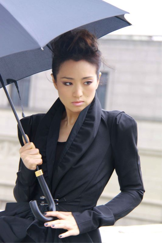 Li Gong as Tsukiko. Obsessed with her ever since I watched Curse of the Golden Flower #beauties
