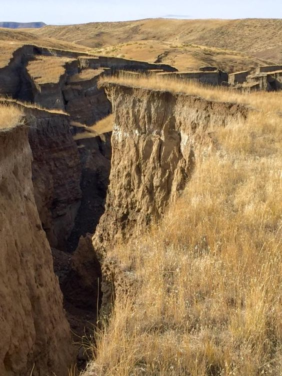 crack in earth at yellowstone
