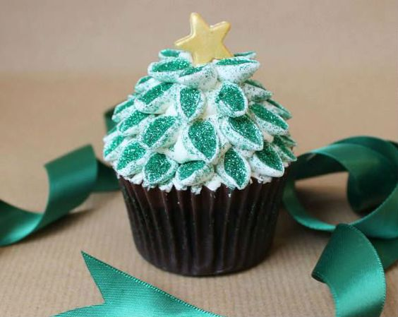 moist chocolate cupcakes with peppermint frosting-