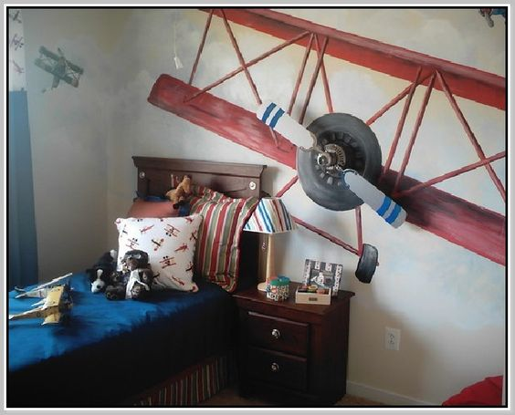 Home design home and home decor on pinterest for Airplane propeller decoration