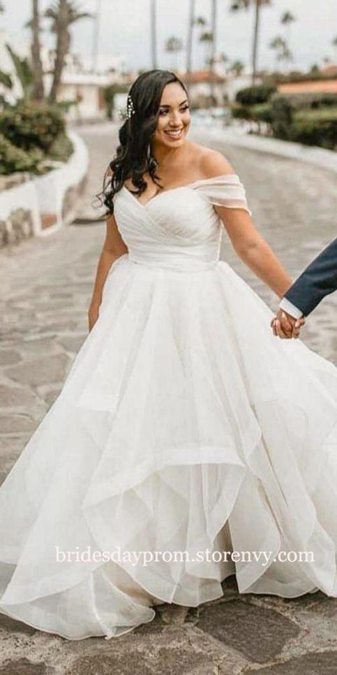 Simple Plus Size Wedding Dresses Ruffles Floor Length Bridal Gown White Women Wedding Dress With In 2020 Plus Wedding Dresses Ruffle Wedding Dress Indian Wedding Dress,Dresses For Beach Wedding Guest