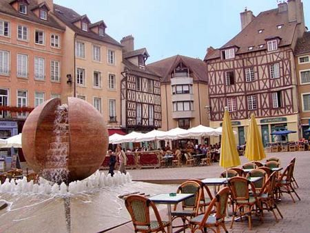 Burgundy france burgundy and frances o 39 connor on pinterest - O bar chalon sur saone ...