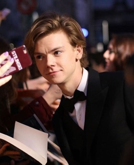 Thomas Sangster The Death Cure Premiere In Paris Thomas Brodie Sangster Thomas Sangster Thomas Brodie