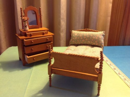 TYNIETOY-Spool-Bed-Dresser-Maple-Stain-with-mattress-pillow