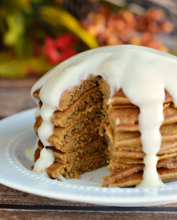 Gingerbread Pancakes with Cheesecake Sauce: