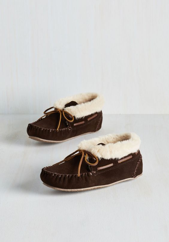Head to Cozy Slipper. From your wrapped-in-a-blanket body right down down to your tucked-into-slippers toes, youre the comfiest chick around! #brown #modcloth
