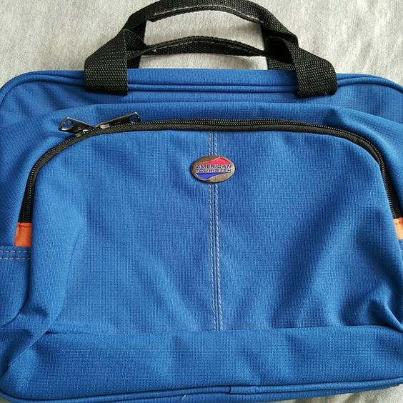 American tourister American tourister overnight toiletries carrier American Tourister Bags Cosmetic Bags & Cases