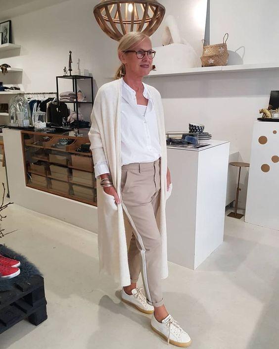 Как выглядеть стильно в 50 лет женщине: мода, как одеваться