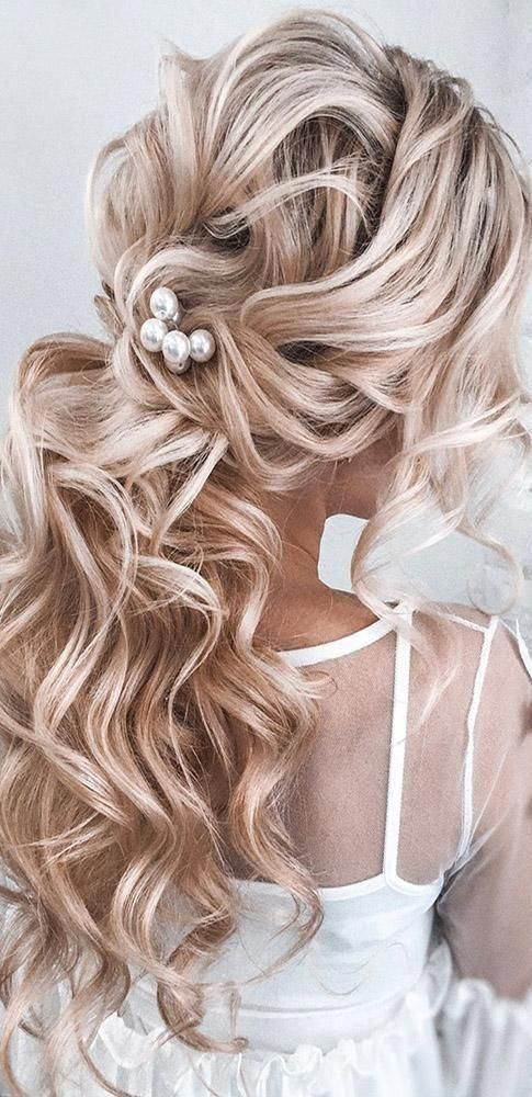 48 Our Favorite Wedding Hairstyles For Long Hair Favorite Wedding Hairstyles Long Ha Loose Hairstyles Loose Curls Long Hair Wedding Hairstyles For Long Hair