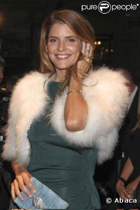 Alice Taglioni tourne jusqu'en juin 2011 Paris Manhattan, le premier film de Sophie Lellouche.